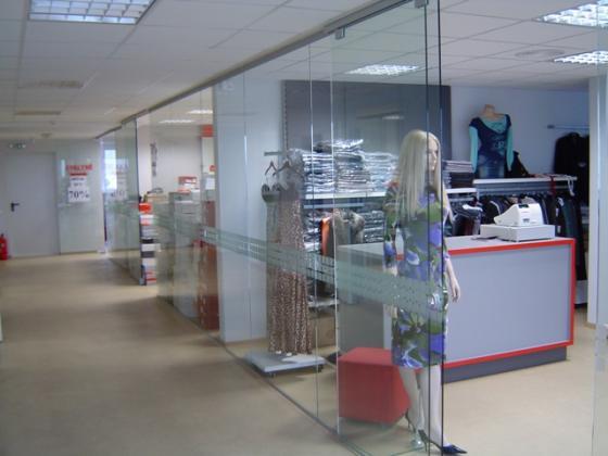 sistemika design manufacturing and installing frameless