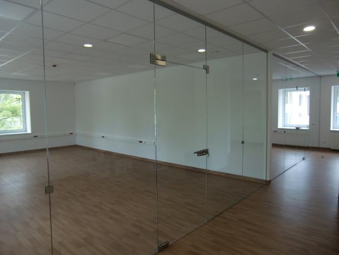 berėmio stiklo balustradų sistemos uk